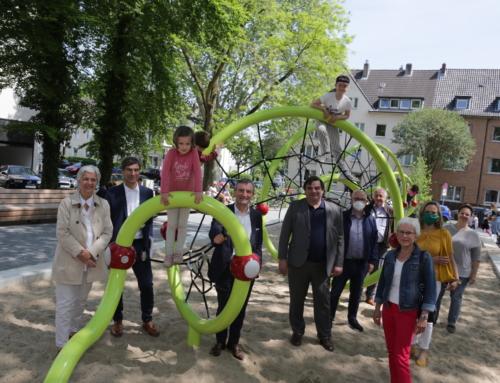 Umgestalteter Apostelplatz in Gerresheim eröffnet